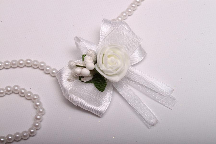 Бутоньерка Flowers white
