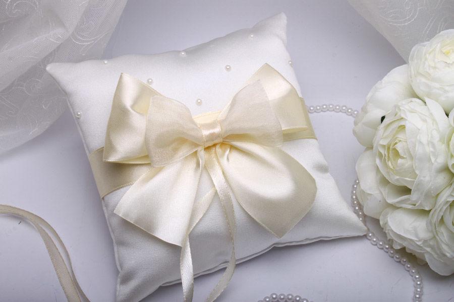 Подушка для обручок Карамель