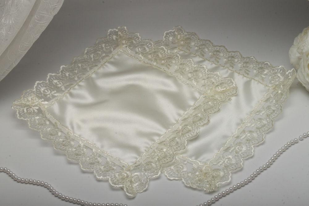 Свадебный платочек для свечей кружевной айвори