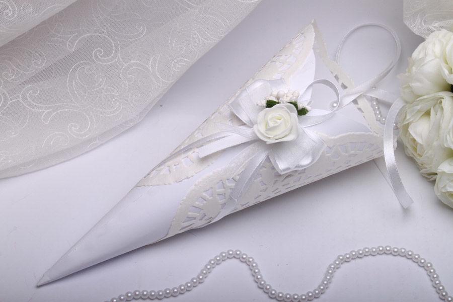 Кулек Flowers white
