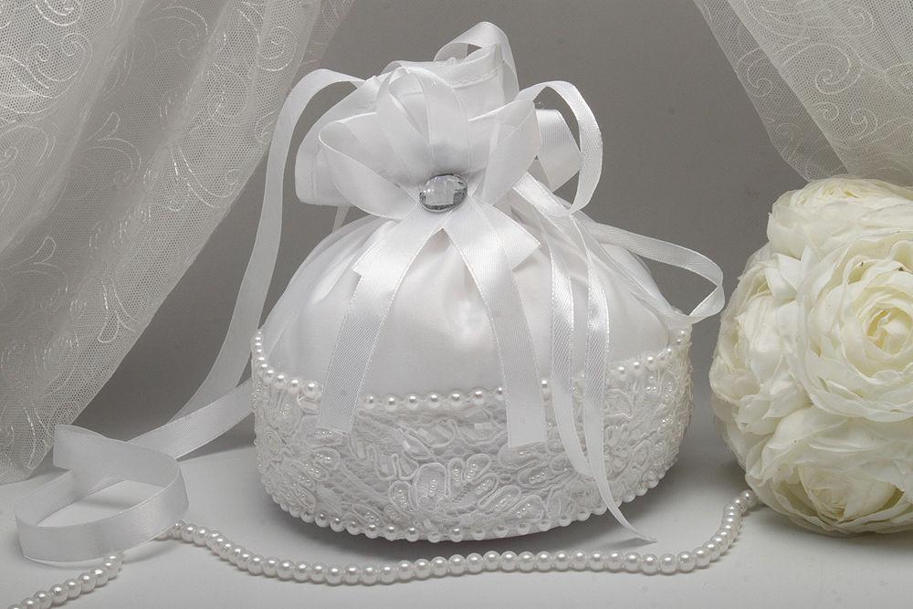 Сумочка невесты ришелье белая